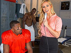 Cheri Deville auditions to be the team slut image 1